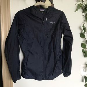 Patagonia navy blue shell